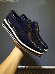 Wholesale Cortex Dress - Dress shoes genuine leather The cortex is very good Comfortable The quality is very good fashion blue and white color Sparkling