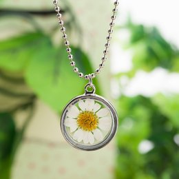 Wholesale Sunflower White - 2017 new Sunflower collar choker Collarbone chain necklace girls Gold plated Pendant Necklaces statement Jewelry wholesale