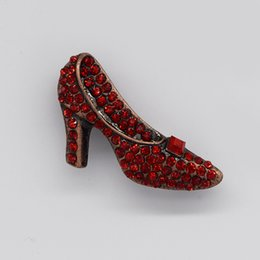 Wholesale Middle Heel Fashion Shoes - 12pcs lot Wholesale Crystal Rhinestone brooch woman's High-heeled Shoes Brooches Fashion Costume Pin Brooch Wedding party jewelry gift C137