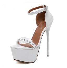 Wholesale Transparent Rivet High Heels - Lady's Buckle Strap Sexy Transparent Sandals white Wedding Shoes Sexy High Heel Platform Crystal Shoes Women Pumps Rivet Sandals