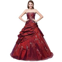 a1ecbc7038f 2017 Precioso Bordado Barato Quinceanera Vestidos Debutante Vestidos de  Bola Con Escote corazón Tafetán Pick-Up Vestidos de Quinceañera