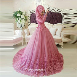tulle dress hijab Promo Codes - Arabic Vintage Muslim Long Sleeves Ball Gown Wedding Dress With Hijab Lace Applique Women Bridal Gown Plus Size Vestido De Noiva Longo