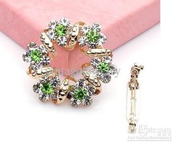Wholesale Costume Brooch Jewelry Mixed - Crystal Brooch Fashion scarf Pins Costume Jewelry Mixed colors Free shipping LM-B009