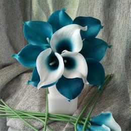 tiges de bouquet de mariage Promotion Oasis Sarcelle De Mariage Fleurs Sarcelle Bleu Calla Lilies 10 Tige Véritable Touchez Calla Lily Bouquet De Mariage Centres De Commande Arrangement Décorer