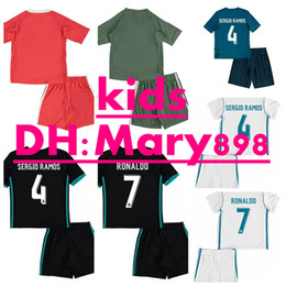 Wholesale Font Blue - 2017 2018 kids Real madrid kits soccer Jerseys New Font 17 18 RONALDO Black JAMES BALE RAMOS ISCO MODRIC football shirt Thailand Quality