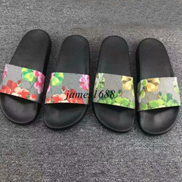 Wholesale Womens Slippers Animal - 2017 mens and womens fashion red and green flower printing leather slide sandals adults unisex causal beach slippers