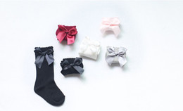 Wholesale Girls Bow Socks - 2017 UK New Girl Socks Baby Ribbon Bow Sock 5 Colors High 3 4 Knee Kids Princess Socks Fit 2-6T Fine Warm Legs Baby Socks Q1009