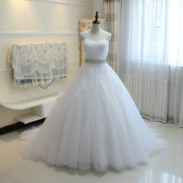 Wholesale Dress Sweetheart Neckline Romantic - Sweetheart Neckline Tulle Ball Gown Wedding Dresses Lace Up 2017 Beaded Wedding Gowns Romantic Robe De Mariage