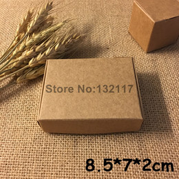 Wholesale Jewelry Boxes Favors - 50PCS 8.5*7*2cm Natural Brown Kraft Paper Box Marriage Gift Box Wedding Favors Candy Box Tab Lock Emballage Packaging