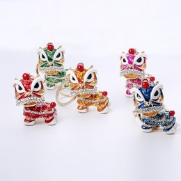 Wholesale Chinese Bag Manufacturers - Manufacturers Wholesale Creative Small Gift Chinese Wind Dance Lion Key Chain Unicorn Car Metal Key Pendant Bag Ornaments Crafts Gifts