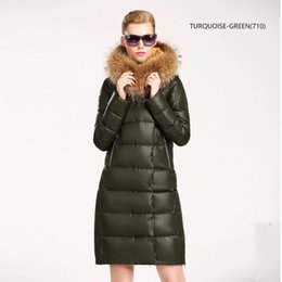Wholesale Real Fur Trimmed Coats Women - 2017 New Winter Collection Women Down Coat Jacket Warm Woman Down Parka with a Real Raccoon Fur Winter Coat Women