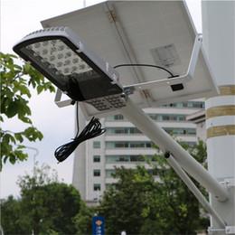 24 led panel 12v online-24 LED Control remoto Luces de calle solares Exterior Jardín Sendero Proyectores de pared Panel con energía solar Luces de emergencia LED