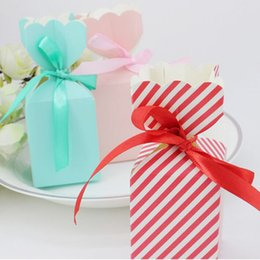 Wholesale holiday chocolate box - 4 Colors Vase Flower Candy Chocolate Box For Wedding Party Birthday Baby Shower Favors Gifts Box With Ribbon ZA1875