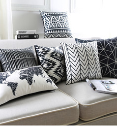 Wholesale White Sofa Black Cushions - Black And White Cushion Covers Geometric Triangles Stripe World Map Pillow Cover Decorative Velvet Pillow Case For Sofa Seat