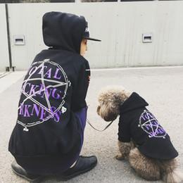 roupas para cães Desconto Atacado Cão de Estimação Hoodies Jaqueta Filhote de Cachorro Roupas Família Roupas Combinando T-Shirt de Manga Curta Casaco Traje Outfit Primavera Inverno Frete Grátis