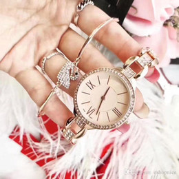 Wholesale Limited Edition Girls Dresses - Fashion Top Brand 2 Sets Women Luxury Watch Bracelet Diamond Rose gold Dress Wristwatches for ladies girl Water Resistant Montre Femme