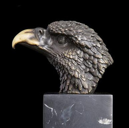 Wholesale Chinese Figurines Statues - Vintage CRAFTS ARTS Bronze Statues Chinese Lucky Art Product Eagle Head Figurine Fortune Hawk Sculpture Upscale Business Gifts