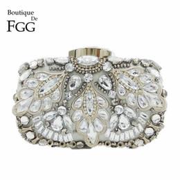 Silver Crystal Beaded Sequins Vintage Women Handbag Metal Clutches Evening  Bags Bridal Purse Wedding Party Prom Clutch Hand Bag 47fd554bb9db6
