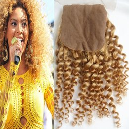 seda miel Rebajas El cierre de encaje Honey Blonde base de seda rizado rizado parte libre del pelo con el bebé # 27 brasileña indio peruano malasio de la Virgen del pelo humano