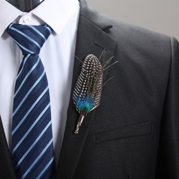 Wholesale Feather Lapel Pins - Wholesale- New Designers 2017 Men's Suits Brooches Feather Handmade Brooch Bouquet Fashion Men Long Lapel Pin Brooches for Wedding Corsage