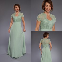 Wholesale Light Green Sexy Dress - Sexy Light Green Mother Of The Bride Dresses Lace Short Sleeves Long Bridesmaid Dress Chiffon A Line Evening Cocktail Gowns Custom Made