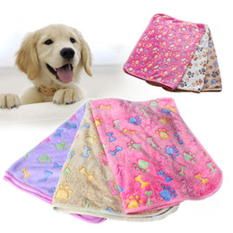 Wholesale Pet Fleece Blanket - Free Shipping High Quality Lovely Pet Dog Puppy Cat Blanket Comfortable Coral Fleece Dogs Cats Bed Mat Warm Blanket 122802