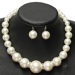 Wholesale Indian Bridal Wedding Jewelry Sets - Imitation pearls Bridal Jewelry Sets Fashion Crystal Wedding Gift Classic Statement Collar Choker Necklace Earring Sets for Women Wholesale