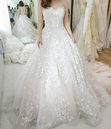 Wholesale Beaded Corset Tiered Ruffles - Luxury 3D-Appliques Wedding Dresses Sweetheart Beaded Corset A-line Hollow Back Vestidos Chapel Train Garden Bridal Gowns