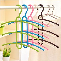 Wholesale Hangs Closet - Three Layers Non-slip plastic Drying Racks Fishbone Type Multiple Layers Clothes Pylon Wardrobe Hanging Children's Clothing Hanger Wholesale