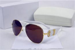 Wholesale vintage cats eye eyeglasses - 2018 Italy Designer Black Men Women Brand Sunglasses Metal Frame Removable Leather Buckle Medusa Vintage Eyeglasses Coating Lens