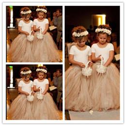 Wholesale Portrait Kid - 2017 Cute Flower Girl Dresses for Wedding 2016 Vintage Lace with Coral Bow Belt Princess Lace-Up Kids Communion Dresses