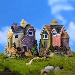 Wholesale Cute Houses - Cute Mini Resin House Miniature House Fairy Garden Micro Landscape Home Garden Decoration Resin Crafts 4 styles Color Random