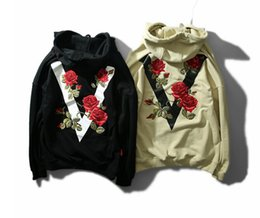 Wholesale Sweater Hoodies For Women - Rose Hip Hop Tide Hoodies Brand V Letters Loose Hooded Hoodies Embroidery Casual Sweater For Man Women