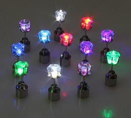 Haarnadel ohrringe online-Weihnachtsgeschenk LED-Blitz-Bolzen-Ohrring-Haarspangen-Röhrenblitz-LED Ohrring-Licht-Röhrenblitz LED leuchtendes leuchten Nachtclub-Partei-Ohrringe an