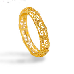 Wholesale Gold Hand Cuff Bracelet - Fashion Classic Jewelry Bangle 24K Gold Plated Cuff Bracelet Hollow Carved Clover Flowers Hand Bangle W61023001