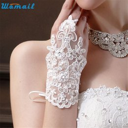 Wholesale Delicate Fingerless Gloves - Wholesale- WOMAIL delicate tactical gloves gloves women autumn Bride Party Dress Fingerless Rhinestone Lace Satin Gloves nor160823