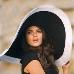 Chapéu de senhoras branco preto on-line-Mulheres moda quente Praia chapéus para as mulheres verão chapéu de palha praia cap chapéus de sol Sexy ladies preto e branco grande chapéu de aba