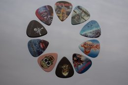 Wholesale Acoustic Guitar Holder - 10pcs Celluloid Guitar Picks for Acoustic Electric Guitar in 0.71mm gauge with Metal Pick Holder box