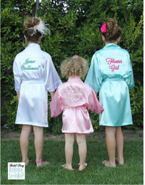 Mode Enfants Flower Girl Robes De Mariée Satin NightGown Monogrammé Soie Enfants Peignoir Junior Demoiselle D'honneur Brides Kimono ? partir de fabricateur
