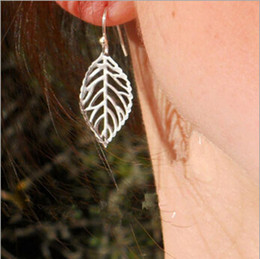 Wholesale Metal American - Europe and America trade fashion exquisite simplicity the forest metal leaves earrings hot selling metal leaf earring free shipping