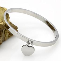2019 braceleiras de ursinho de aço inoxidável duplo coração da forma do aço inoxidável Nova Bracelet jóias amor placa Cuff Rose Gold T Bangles Pulseiras para mulheres Amor pulseira com caixa