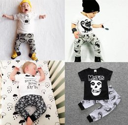 Wholesale Boys Pajamas 18 Months - ins Boys Girls Baby Childrens Clothing Sets Summer Short Sleeve tshirts Harem Pants Set Newborn Toddler Printed Pajamas Infant Clothes
