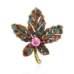 Wholesale Vintage Leaf Pin Brooch - Vintage Jewelry Rhinestone Elegant Brooches Jeweled Maple Leaf Big Brooch And Pin Clothes Decor Christmas Gifts