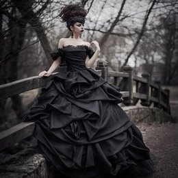 Wholesale Taffeta Robe - Off Shoulder Black Gothic Wedding Dresses 2017 Pick Up Satin Tiered Pleat Lace Victorian Bridal Gowns Plus Size Corset Back robe de mariage