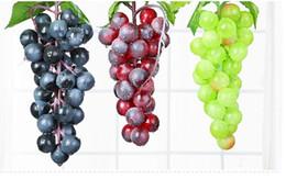 bando de frutas Desconto Bunch Lifelike Artificial Uvas De Plástico Falso Frutas Decorativas Food Home Decor 2 Cores Drop Shipping MYY
