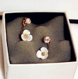 Wholesale Hot Women America - hot sale Fashion luxury style Europe America popular flower glittering diamond zircon designer woman lady stud earring