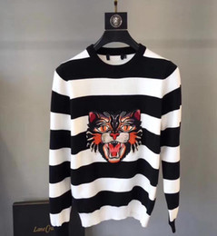 Wholesale Natural Black Block - Asian size M-XXXL Men Crew Neck Striped Printed Winter Wear Printed Star Color Blocked Cashmere Pullover Male