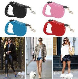2017 bloqueo múltiple 3m Retractable Dog Leash Plomo Una sola mano de bloqueo de Entrenamiento Pet Puppy Walking Nylon Leashes Collar de perro ajustable para perros Gatos rebajas bloqueo múltiple