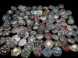 Wholesale Pcs Channels - 50 Pcs Lot Snap button 18mm size Retro Rhinestone Mixed Style DIY Handmade Jewelry Snap Charm Button For NOOSA Chunk Ginger Snap Bracelet
