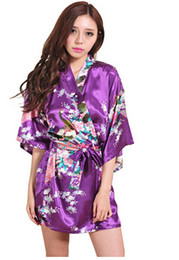 Argentina Venta al por mayor- Albornoz de seda para mujer Vestidos de kimono de satén para las mujeres Batas florales Damas de honor Traje de kimono largo Vestido de novia de seda cheap xs bridesmaid dress Suministro